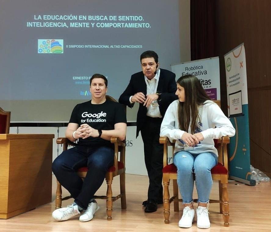 Ernesto Ferrández, director de Itenlearning en el II Simposio de Altas Capacidades de Granada | Compañía de María Gr